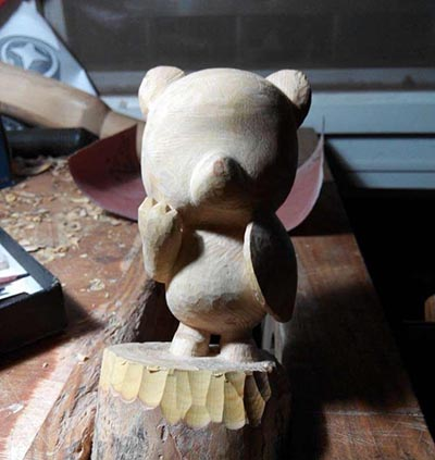 【木雕过程】一只美国队长小熊,带雕刻过程