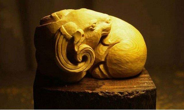 【木雕教程】一只盘羊手把件