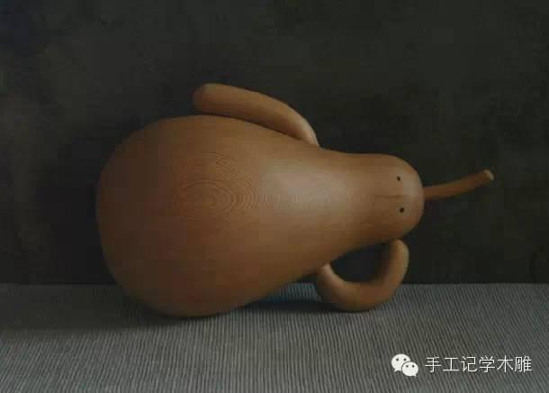 作品说明:   瓠仔已成仙,不用被吃掉,那就躺下来准备睡个午觉吧!    小树衣架椅